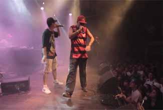 RAPRJ: Tony Mariano e Funkero cantam Vermes