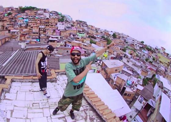 Max B.O. e Wzy no clipe Favela