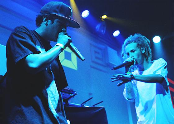 SPVIC e DJ Qualy em show (Foto: Anna Mascarenhas)