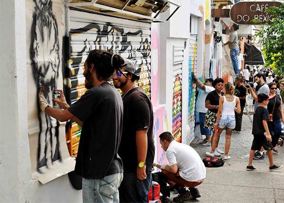 Dia do Graffiti no Bixiga, em São Paulo, em 2014