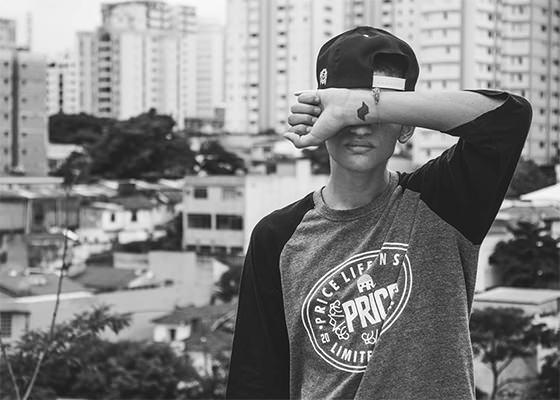 """Projeto Solo recria """"Viver um sonho"""", do Wzy"""