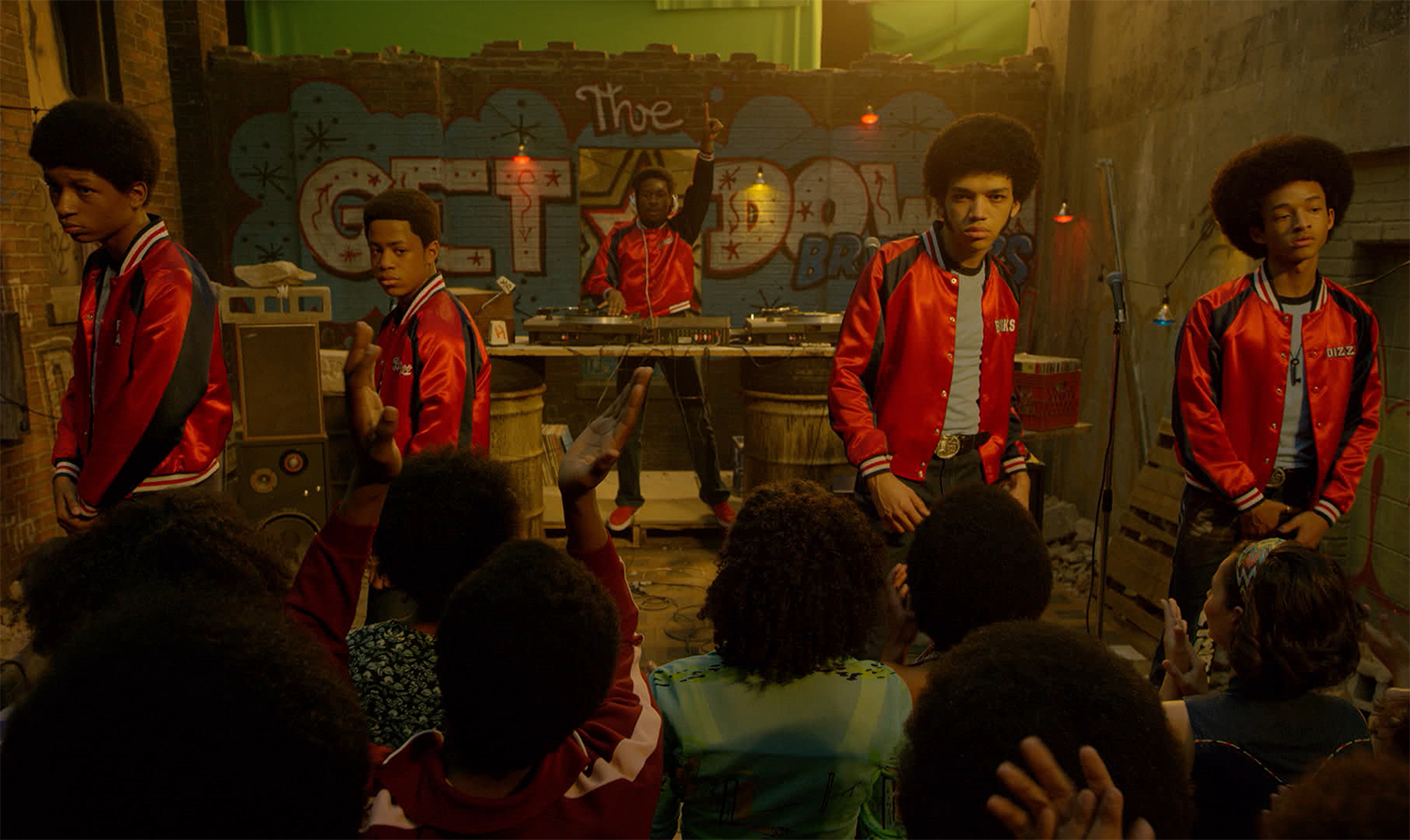 "A raiz e o mainstream do hip hop se encontram em ""The Get Down"""